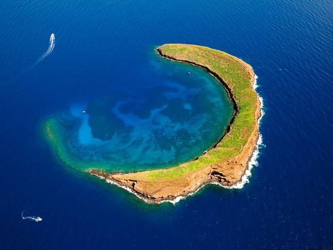 Khám phá 9 hòn đảo có hình thù kỳ lạ