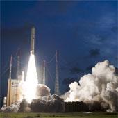 Pháp phóng thành công tên lửa đẩy hạng nặng Ariane-5 lên vũ trụ