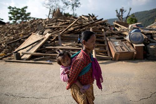 Số người chết trong động đất Nepal vượt 7.000