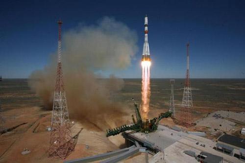 Ngày mai tàu vũ trụ mất kiểm soát của Nga sẽ rơi xuống Trái Đất