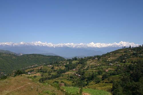 Thung lũng tại Nepal cao thêm 80 cm sau động đất