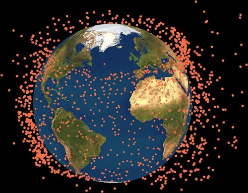 Mảnh vỡ vệ tinh quân sự Mỹ đe dọa các tàu vũ trụ