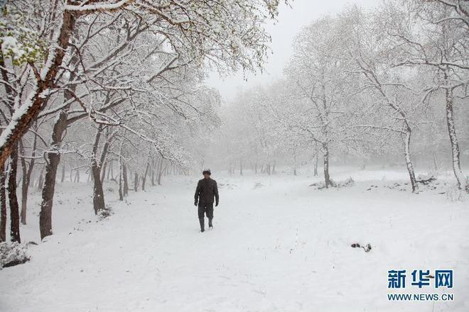 Tuyết rơi mùa hè ở Trung Quốc
