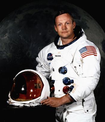 Trang phục đầu tiên cho nhà du hành Mặt Trăng