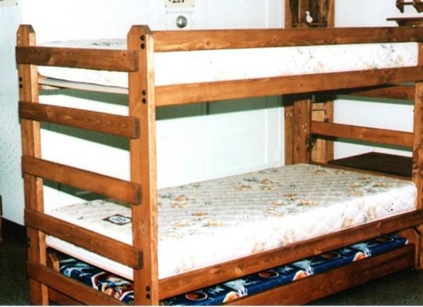450 người Mỹ chết vì ngã khỏi giường mỗi năm