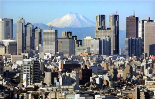 Động đất mạnh ở Nhật Bản, tàu điện ngừng hoạt động