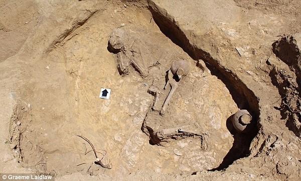 """Phát hiện hài cốt """"Công chúa ngủ trong rừng"""" 2.000 năm tuổi ở Ethiopia"""