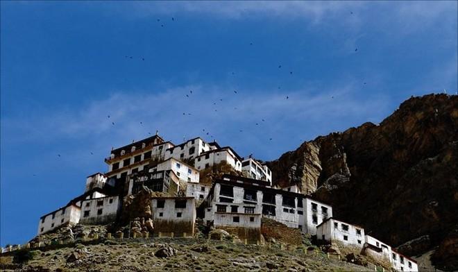 Khám phá thiền viện phật giáo cổ nhất thế giới
