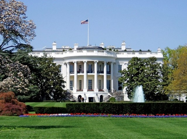 """Vén màn bí ẩn những khu vực trong Nhà Trắng bị """"ma ám"""" nặng"""