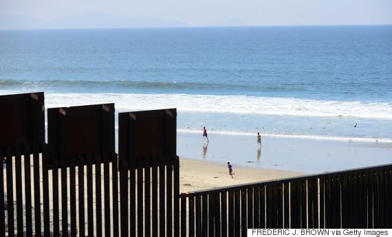 Đường biên giới giữa Mỹ - Mexico