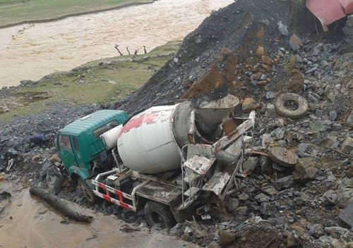 Sơn La mưa lũ làm 11 người chết và mất tích