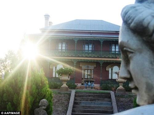 Ngôi nhà ma ám đáng sợ nhất Australia