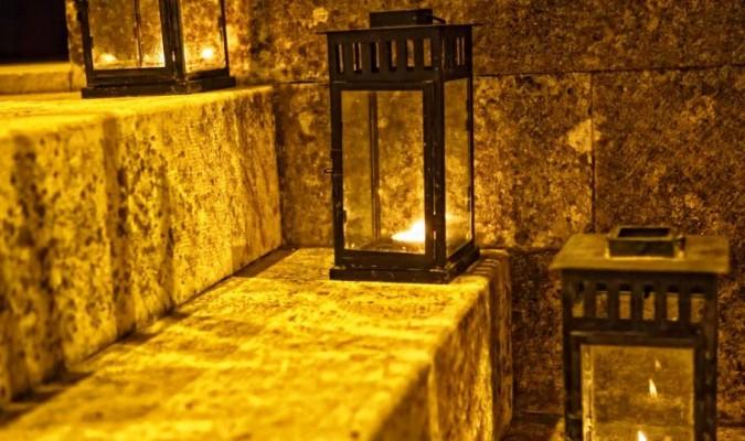 Bí ẩn những ngọn đèn ngàn năm không tắt