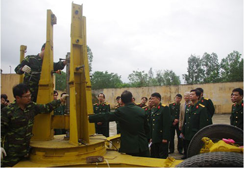 Việt Nam sản xuất thành công thỏi nhiên liệu hỗn hợp cho tên lửa