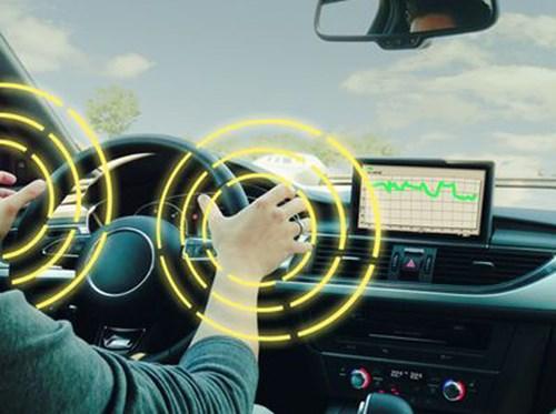 Tay lái thông minh phát hiện lái xe buồn ngủ
