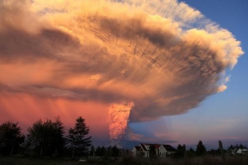 Núi lửa làm thay đổi Trái Đất như thế nào?