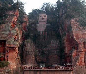Lạc Sơn Đại Phật: Kiến trúc độc đáo của tượng Phật làm bằng đá lớn nhất thế giới
