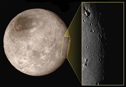Phát hiện mới về mặt trăng Charon của sao Diêm Vương