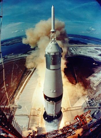 Kỷ niệm 46 năm ngày con người chinh phục Mặt Trăng