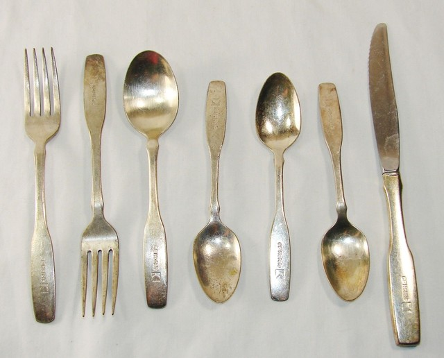 Thìa, dĩa bằng đồng và bạc tự tiêu diệt vi khuẩn sau 8 tiếng
