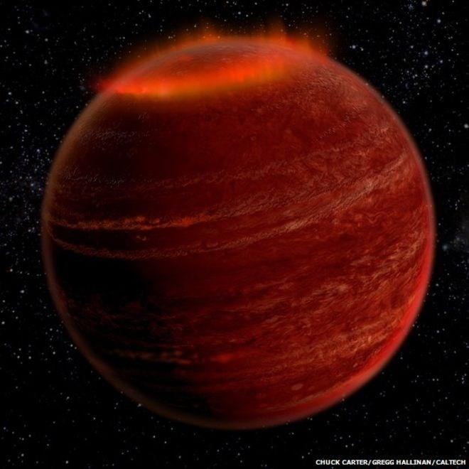 Lần đầu tiên quan sát được cực quang bên ngoài Hệ Mặt Trời