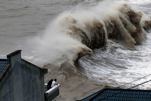 Tại sao lũ lụt hoành hành khắp châu Á?