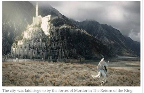 """Xây dựng lâu đài giống trong phim """"Chúa tể những chiếc nhẫn"""""""