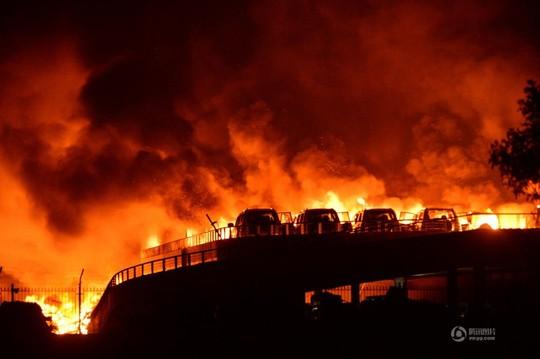 """Vụ nổ ở Thiên Tân có sức công phá """"kinh hoàng"""" đến thế nào?"""