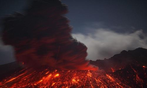 Núi lửa Sakurajima sắp phun trào đe dọa 600.000 người Nhật