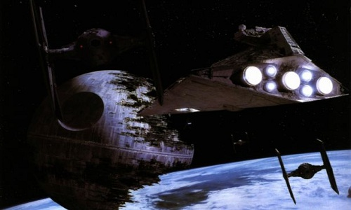 Vật thể lạ giống con tàu bí ẩn trên sao Hỏa
