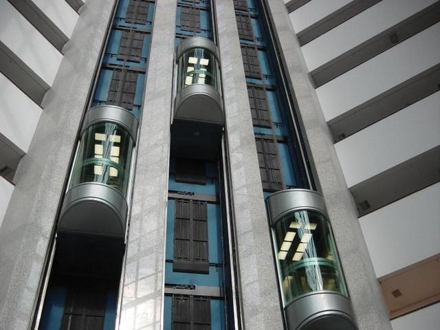 Paternoster - Loại thang máy nguy hiểm nhất thế giới
