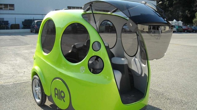 Ra mắt ô tô chạy bằng khí nén với giá 10.000 USD