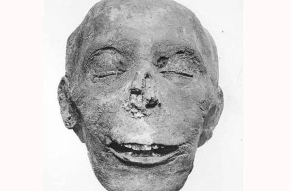 """Bí ẩn đằng sau nghi lễ """"mở miệng xác ướp"""" của người Ai Cập cổ đại đã được giải mã"""