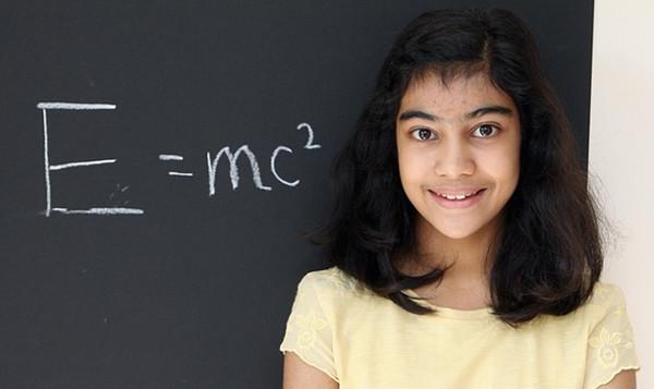 Cô bé có chỉ số IQ vượt cả Albert Einstein và Stephen Hawking