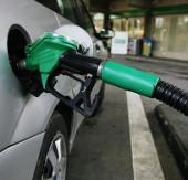 Cách đi ô tô tiết kiệm xăng triệt để nhất