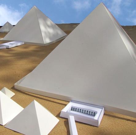 Phát hiện gây sốc về màu thực sự của kim tự tháp