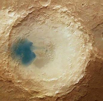 Đốm nhỏ màu xanh trên bề mặt sao Hoả là gì?