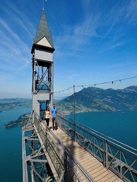 Thang máy ngoài trời cao nhất châu Âu