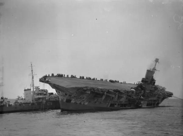 Oscar - chú mèo nhân chứng của 5 vụ chìm tàu liên tiếp trong thế chiến 2
