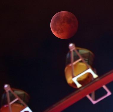 NASA bác bỏ trăng máu là dấu hiệu ngày tận thế