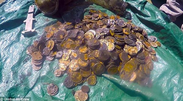 Những trường hợp vô tình phát hiện kho báu cổ dưới biển