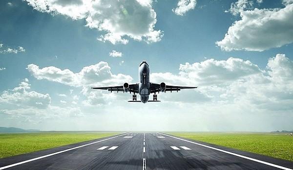 Làm thế nào máy bay có thể bay trên bầu trời?