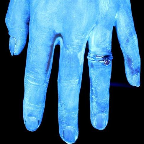 """Thí nghiệm cho thấy bạn đang rửa tay cực """"bẩn"""""""