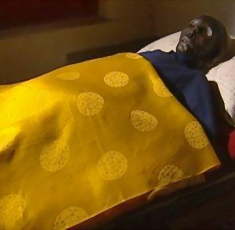 Bí ẩn xác chết sau 23 năm vẫn nguyên vẹn