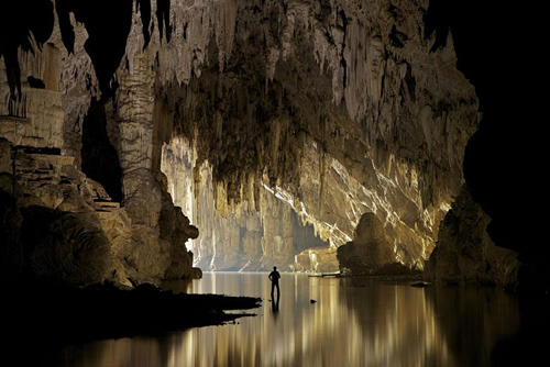 Những hang động nổi tiếng trên thế giới