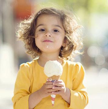 """Giải mã cảm giác """"buốt tận óc"""" mỗi khi ăn kem quá lạnh"""