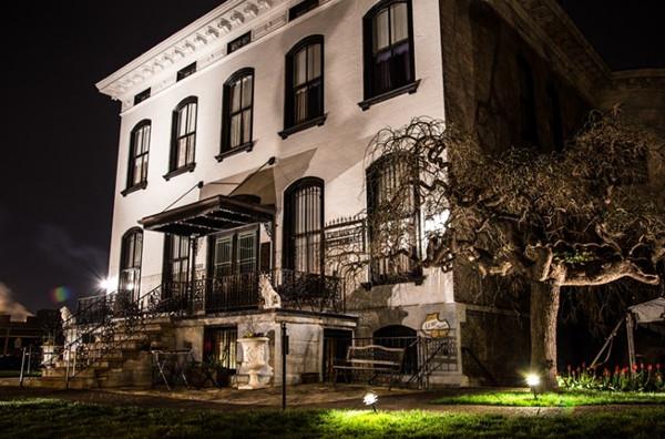 7 ngôi nhà ma ám đáng sợ nhất thế giới cho dịp Halloween