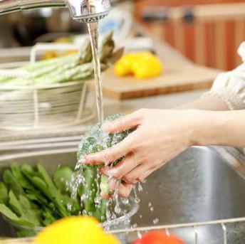 Cách rửa rau sạch ký sinh trùng và hóa chất