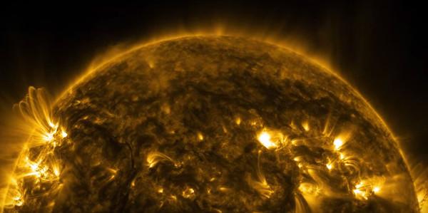 Video cận cảnh hoạt động của Mặt Trời với chất lượng 4K
