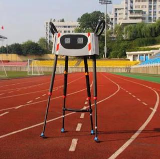 Robot Trung Quốc lập kỷ lục đi bộ xa nhất thế giới